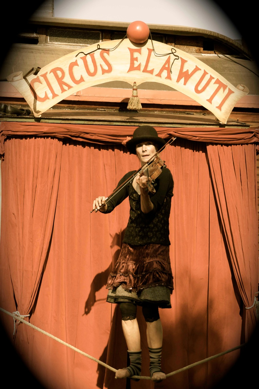 Circus Elawuti2